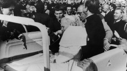 cnn-image-of-assassination-attempt-of-pope-john-paul-ii